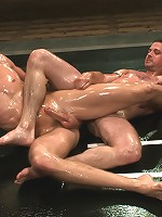 Shane Erickson vs Kyle SparksThe Oil Match